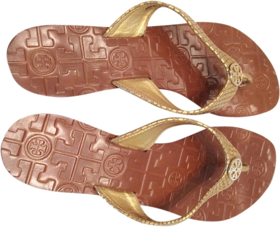 008a13399 Tory Burch Gold Flip Flops Rubber Sole Gently Worn Sandals Size US 9 ...