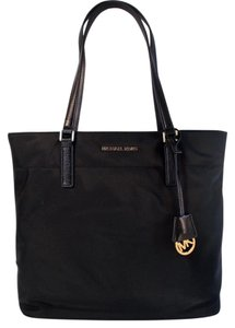 Michael Kors Morgan Nylon Tote in Black
