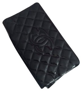 27fd112edc77 Chanel Patent Quilted Logo Black Clutch