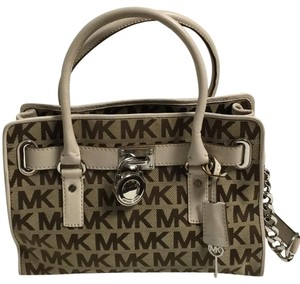 Michael Kors Satchel in Beige/White