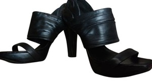 Jessica Simpson Back Heel Zipper Soft Black leather Sandals