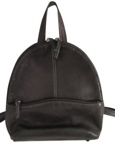 Tignanello Chic Leather Backpack