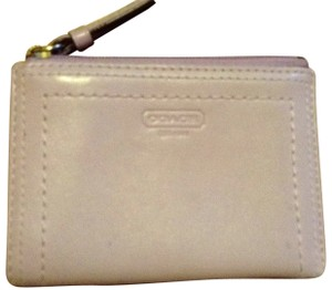 Preload https://item4.tradesy.com/images/coach-lavender-leather-coin-purse-wallet-195803-0-0.jpg?width=440&height=440