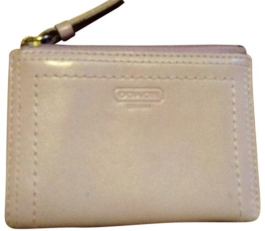 Preload https://img-static.tradesy.com/item/195803/coach-lavender-leather-coin-purse-wallet-0-0-540-540.jpg