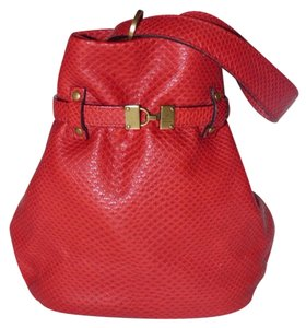 Gucci Mint Vintage Satchel in red textured leather