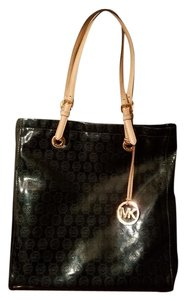 Michael Kors Tote in Deep Emerald