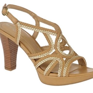 Naturalizer Beige with gold trim Sandals