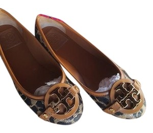 Tory Burch Natural/Tan Flats