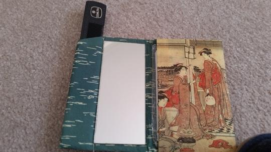 Other Chinese Mirror, Comb & Tissue Set