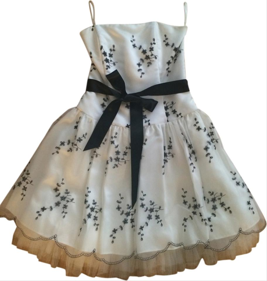 Jessica McClintock White and Black Above Knee Cocktail Dress Size 6 ...