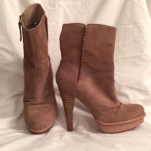 UGG Australia Leather Sheepskin Tan Boots