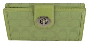 Coach Coach Bifold Turn Lock Wallet Green