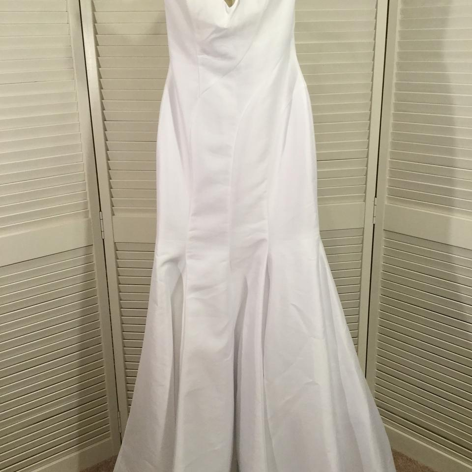 Casablanca White Matte Georgette 2223 Modern Wedding Dress Size 4 (S) ...