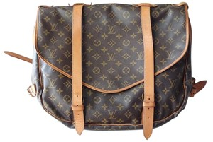 Louis Vuitton Saumur 43 Cross Body Bag