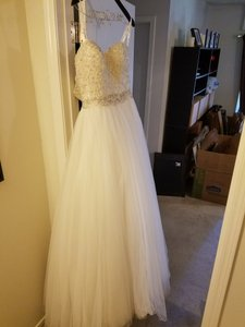 Justin Alexander Pearl/Silver Tulle 8724 Formal Wedding Dress Size 4 (S)