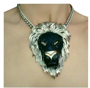 Lion sober and black necklace