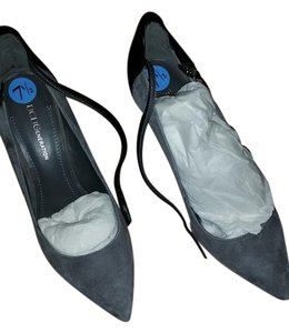 BCBGeneration Greynight/blk Kidsuede/sleek 7.5m Bcbg In Box Blk/Grey Pumps