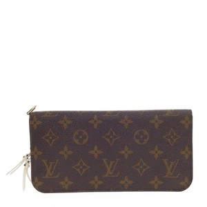 Louis Vuitton Wallet Canvas Wristlet in Brown