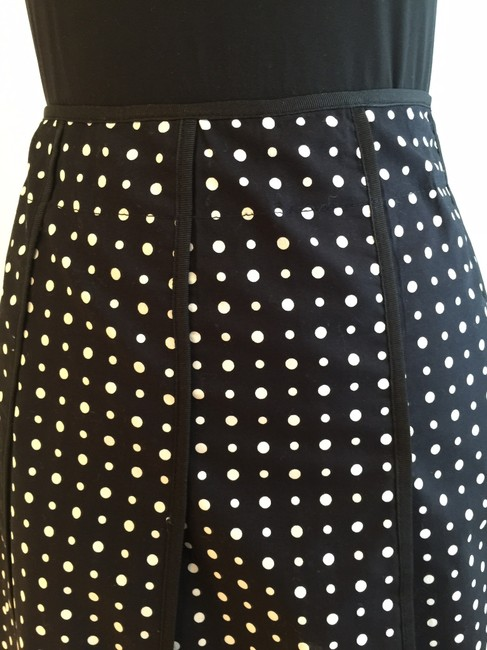 Nine West Size 6 Size Small Polka Dot Pleated Skirt Black and White