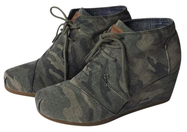Item - Camoflage Green Desert Wedge Boots/Booties Size US 7.5 Wide (C, D)