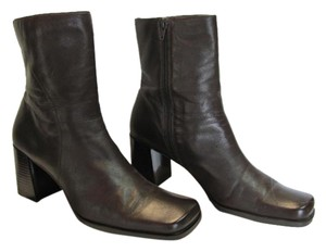 Size 9.00 M Leather Dark Brown, Boots