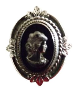 Whiting & Davis Vintage Cameo Signed Whiting Davis Ring