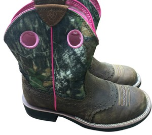 Ariat Brown/pink Boots