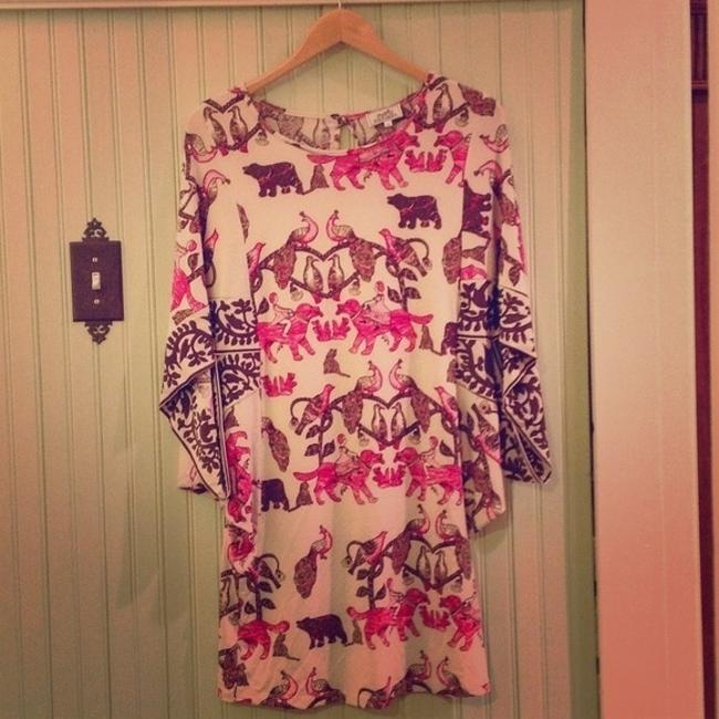 Item - Pink Short Casual Dress Size 6 (S)