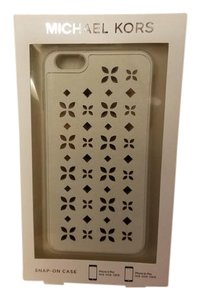 Michael Kors Michael Kors White iPhone 6 Plus Phone Case