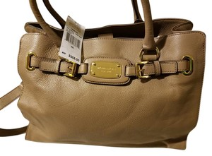 Michael Kors New With Tags Tote in Dark Dune