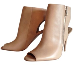 Ann Taylor nude Boots