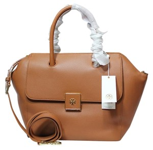 Tory Burch Fall Winter Tan Leather Camel Satchel in Tan bark