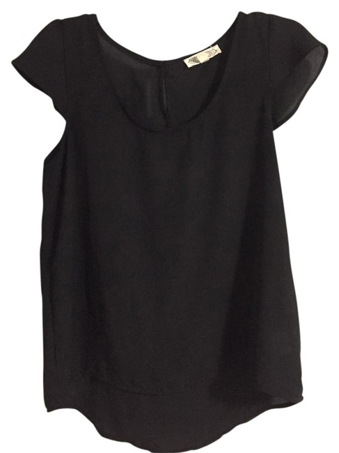 Item - Black Cap-sleeve Blouse Size 8 (M)