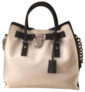 MICHAEL Michael Kors Tote in Optic White/black