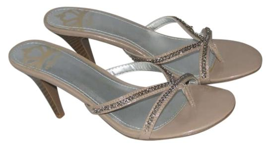 Fergalicious by Fergie Taupe Pumps