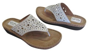 Clarks New Leather Size 9.00 M White Sandals