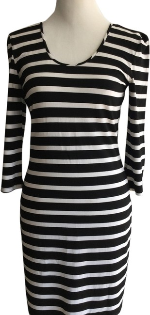 Preload https://item1.tradesy.com/images/unknown-dress-blackwhite-1959610-0-0.jpg?width=400&height=650