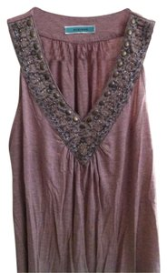 Pleione Dusty Beaded Easy To Wear Versatile V-neck Top Pink