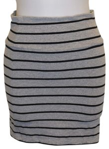 Forever 21 Stripe Stripped Black And Fitted Mini Skirt Gray