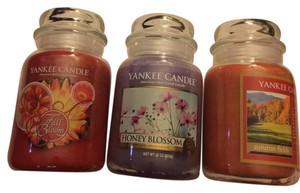 NEW SET OF 3 LARGE JARS YANKEE CANDLE 22OZ