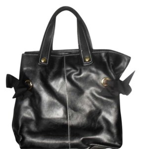 BCBGirls Tote in black