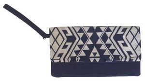 Target Wristlet Embroidered Blue And White Clutch