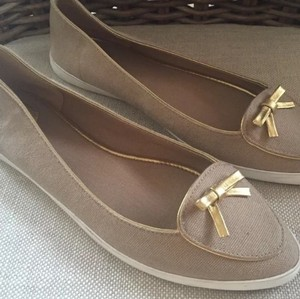 Tory Burch Canvas Beige Flats