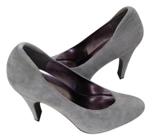 Nine West Charcoal Suede Heels Gray Pumps