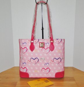 Dooney & Bourke Sweetheart Richmond Tote in Pink