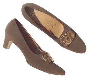 Vintage 1950s 50s Suede Brown Pumps