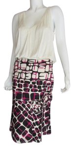 Moschino Fitted Flare Printed Applique Skirt BLACK PINK IVORY