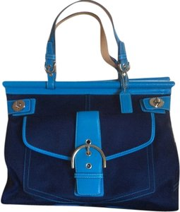 Coach Tote in Navy/turquoise