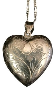 Sterling silver heart locket on 30