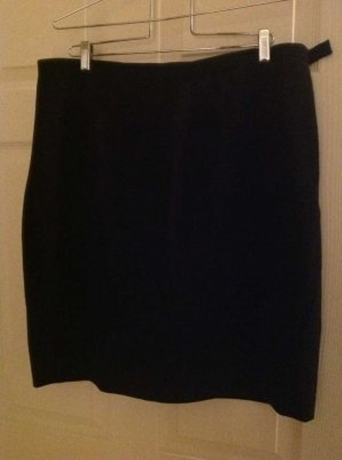 August Max Woman Lined Skirt Black